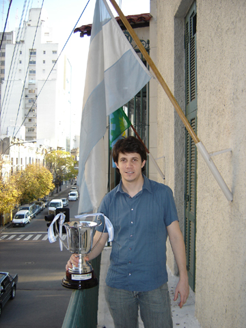 No es la primera vez que Diego Flores se haya coronado campeón de Argentina | Foto: Carlos Ilardo