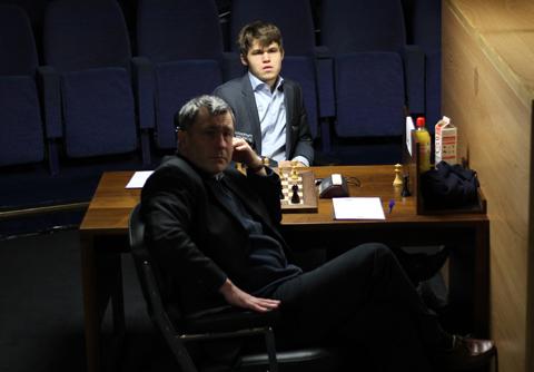 Carlsen e Ivanchuk
