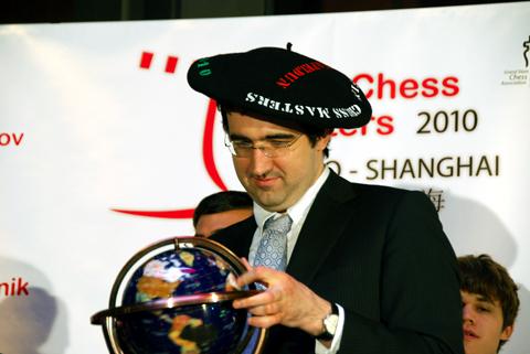 Kramnik campeón en Bilbao 2010