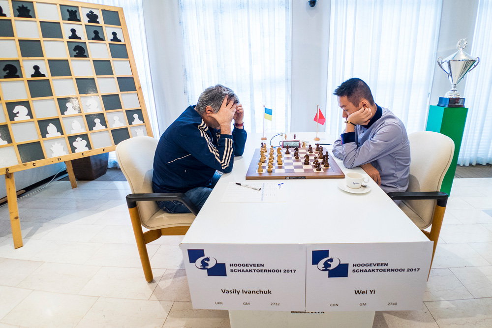 Vassily Ivanchuk vs. Wei Yi | Foto: Lennart Ootes