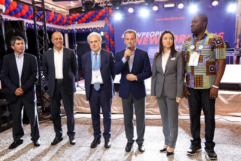 Arkady Dvorkovich es el nuevo presidente de la FIDE