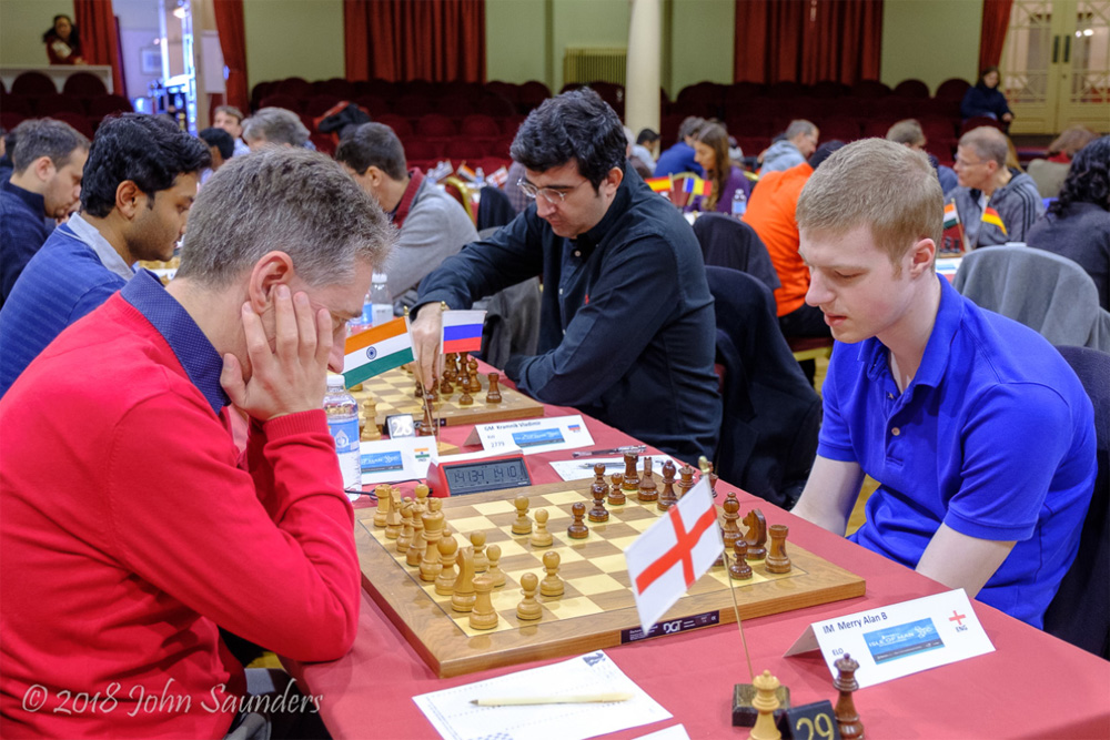 Michael Adams vs. Merry Alan B. | Foto: Chess.com/John Saunders (sitio web oficial)